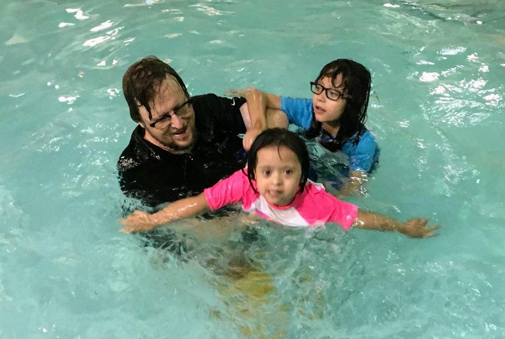 zoha swimning2